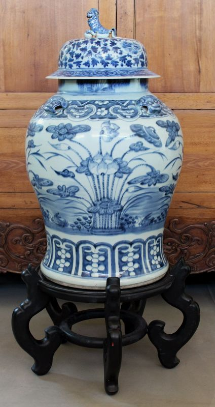 "Monumental 24"" Chinese Qing Blue & White Porcelain Lidded General Jar"